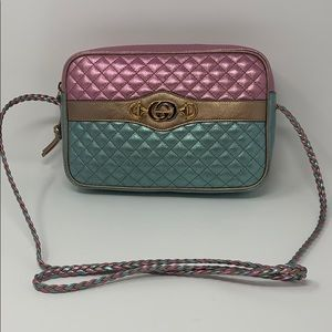 NEW Gucci color block quilted shoulder bag